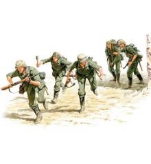 German Signals Personnel, Stalingrad, Summer 1942 - 3540