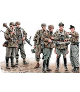 Let's Stop Them Here! German Military Men, 1945 - 35162