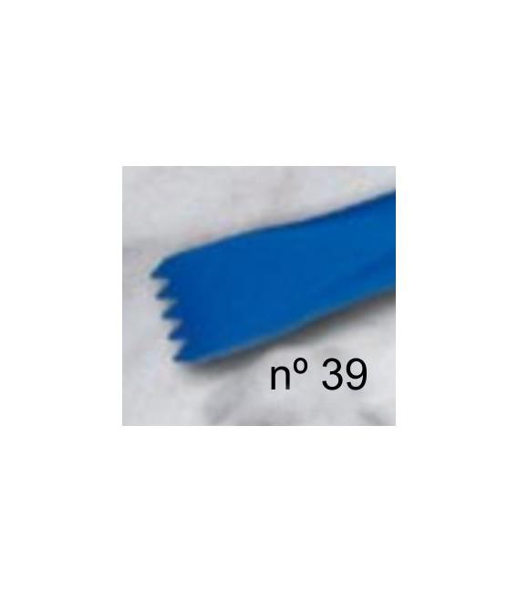 d) Acute teeth chisel 10 mm. 5 t.